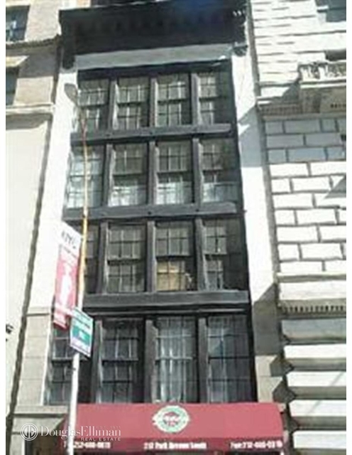 3 Bedrooms, Gramercy Park Rental in NYC for $9,230 - Photo 1