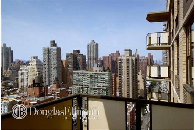 1 Bedroom, Yorkville Rental in NYC for $5,534 - Photo 2