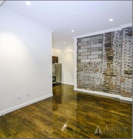 2 Bedrooms, Chelsea Rental in NYC for $5,040 - Photo 2
