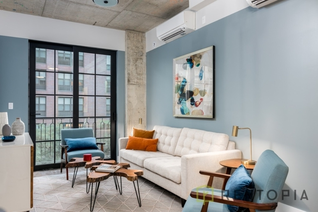 1 Bedroom, Williamsburg Rental in NYC for $3,238 - Photo 2