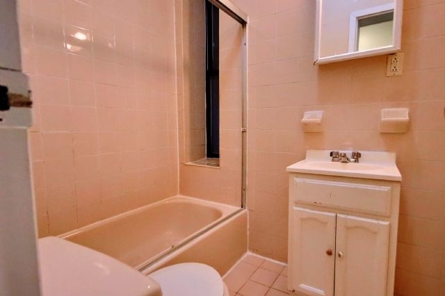 2 Bedrooms, East Village Rental in NYC for $2,550 - Photo 2