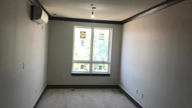 1 Bedroom, Crown Heights Rental in NYC for $2,530 - Photo 2