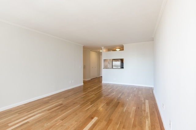 3 Bedrooms, Theater District Rental in NYC for $5,635 - Photo 1