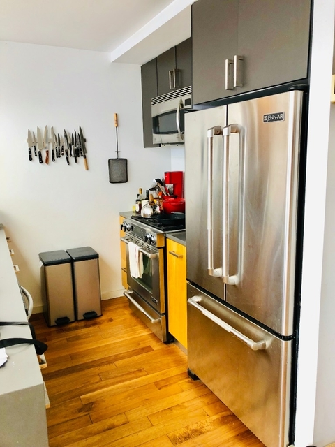 1 Bedroom, Williamsburg Rental in NYC for $3,354 - Photo 2