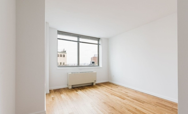 1 Bedroom, Financial District Rental in NYC for $3,870 - Photo 2