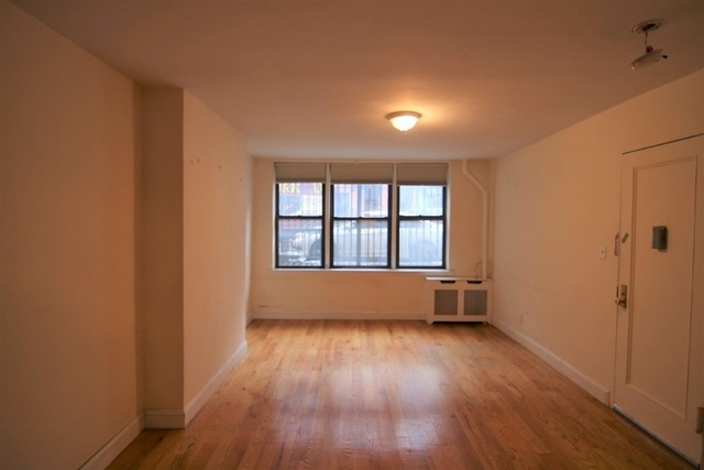 Studio, Hell's Kitchen Rental in NYC for $2,220 - Photo 1