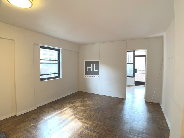 1 Bedroom, Murray Hill Rental in NYC for $4,100 - Photo 2