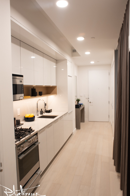 Studio, Financial District Rental in NYC for $3,462 - Photo 2