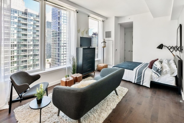 Studio, Hell's Kitchen Rental in NYC for $3,377 - Photo 1