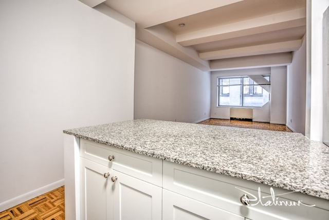 1 Bedroom, Financial District Rental in NYC for $3,062 - Photo 2