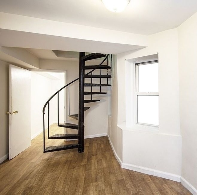 3 Bedrooms, Hell's Kitchen Rental in NYC for $4,450 - Photo 1