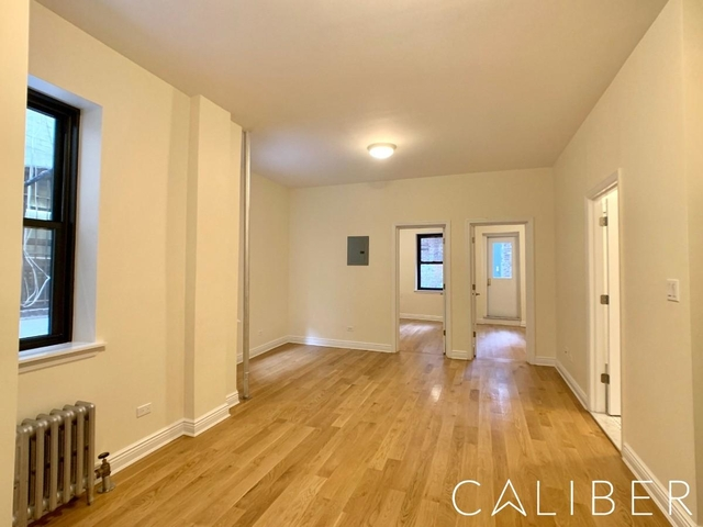 2 Bedrooms, Little Italy Rental in NYC for $4,754 - Photo 2