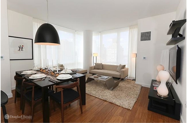 2 Bedrooms, Garment District Rental in NYC for $6,095 - Photo 1
