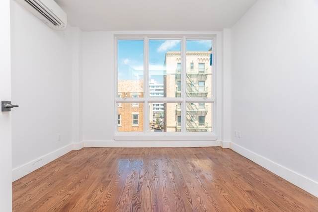 Room, Crown Heights Rental in NYC for $1,490 - Photo 2