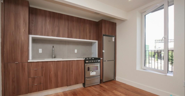Room, Williamsburg Rental in NYC for $1,350 - Photo 1