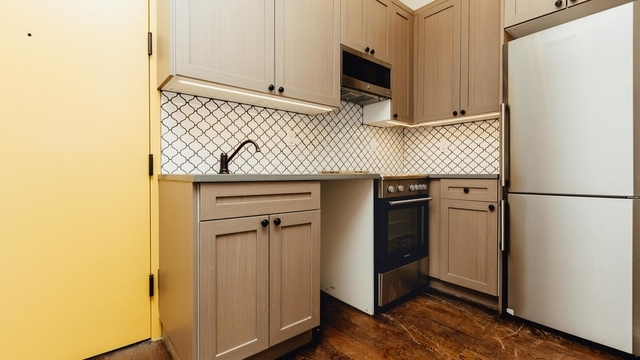 2 Bedrooms, Ridgewood Rental in NYC for $2,350 - Photo 1