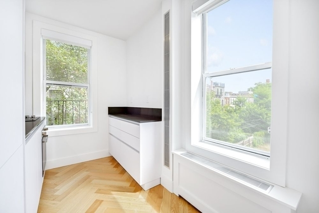 2 Bedrooms, South Slope Rental in NYC for $3,588 - Photo 2