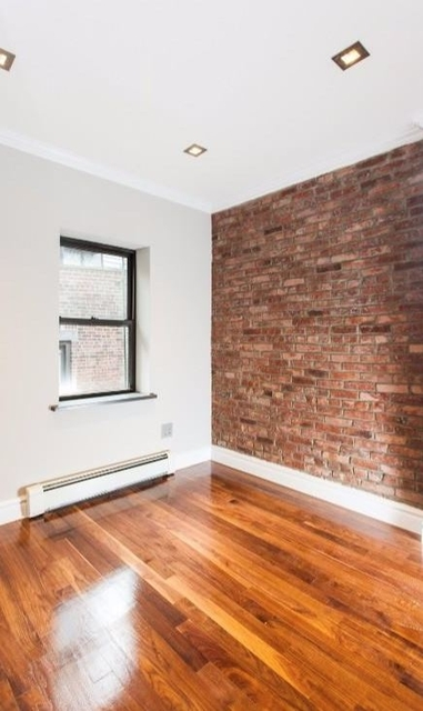 3 Bedrooms, Turtle Bay Rental in NYC for $5,095 - Photo 1