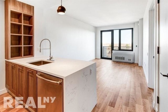 2 Bedrooms, Midwood Rental in NYC for $3,100 - Photo 1
