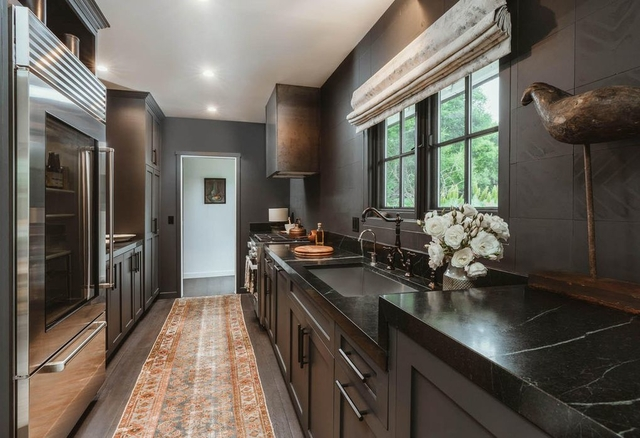 1 Bedroom, Bay Ridge Rental in NYC for $50,000 - Photo 1