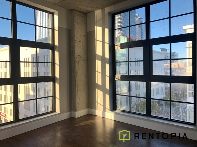 3 Bedrooms, Williamsburg Rental in NYC for $5,950 - Photo 1
