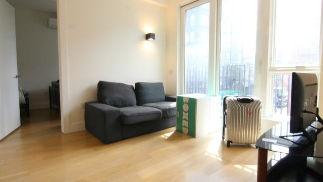 2 Bedrooms, Williamsburg Rental in NYC for $3,699 - Photo 1
