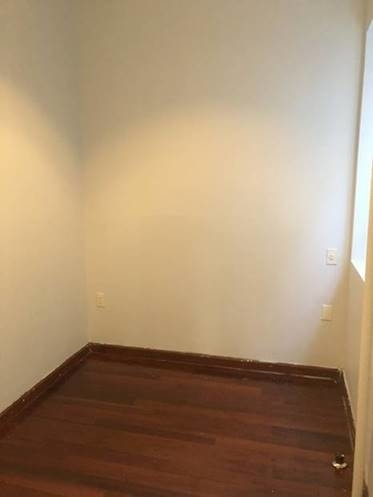 2 Bedrooms, Hell's Kitchen Rental in NYC for $2,525 - Photo 2