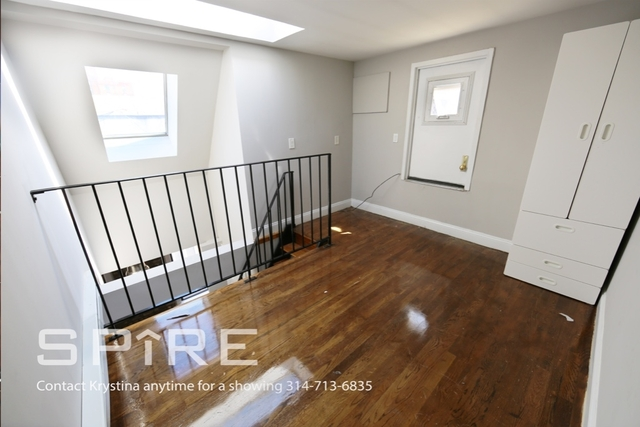3 Bedrooms, East Village Rental in NYC for $4,786 - Photo 2