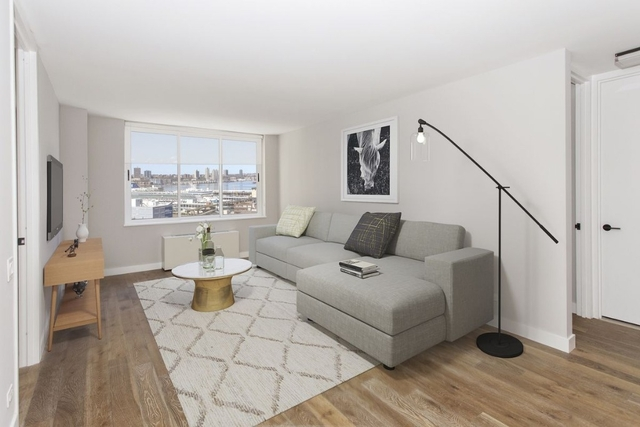 3 Bedrooms, Hell's Kitchen Rental in NYC for $6,519 - Photo 1