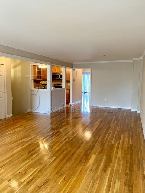 3 Bedrooms, Steinway Rental in NYC for $3,499 - Photo 2