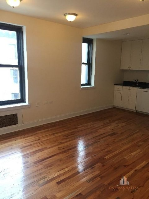 2 Bedrooms, Upper West Side Rental in NYC for $4,000 - Photo 1