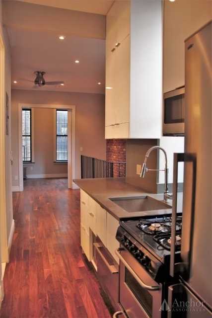 3 Bedrooms, Alphabet City Rental in NYC for $5,595 - Photo 2
