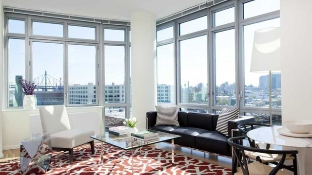 2 Bedrooms, Hunters Point Rental in NYC for $5,042 - Photo 2