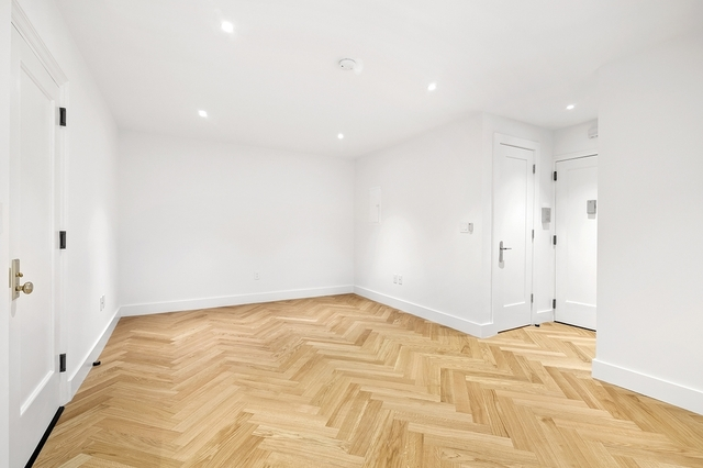 Studio, Chelsea Rental in NYC for $3,060 - Photo 2