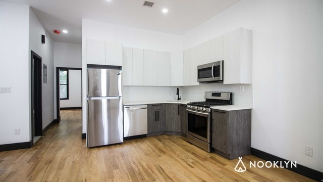 3 Bedrooms, Cypress Hills Rental in NYC for $2,587 - Photo 2