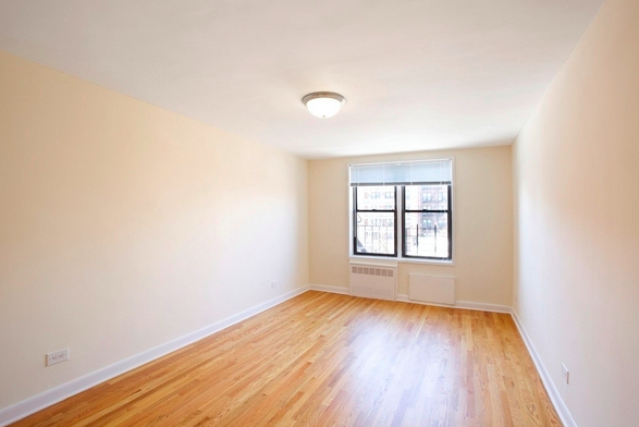 1 Bedroom, Manhattan Terrace Rental in NYC for $1,600 - Photo 2