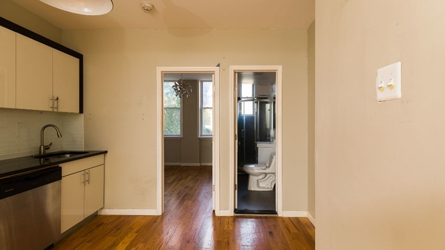 3 Bedrooms, Bushwick Rental in NYC for $2,599 - Photo 2