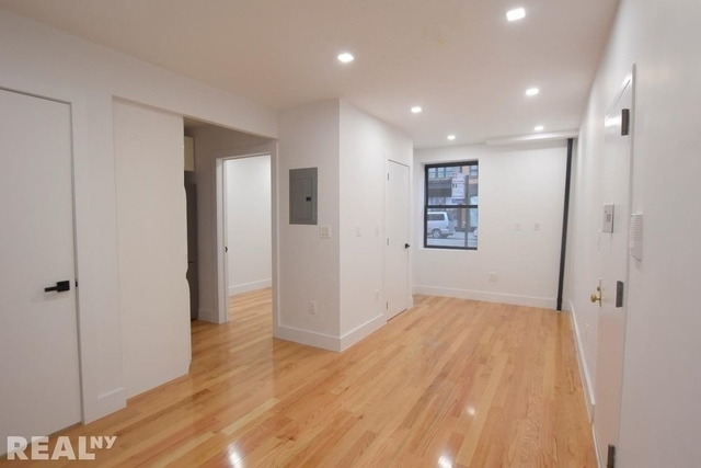 1 Bedroom, Alphabet City Rental in NYC for $3,200 - Photo 2