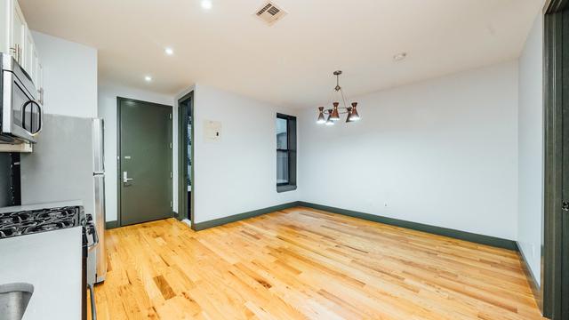 4 Bedrooms, Ridgewood Rental in NYC for $3,499 - Photo 2