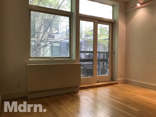 2 Bedrooms, Bushwick Rental in NYC for $3,400 - Photo 2