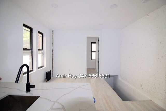 2 Bedrooms, Central Slope Rental in NYC for $4,575 - Photo 2