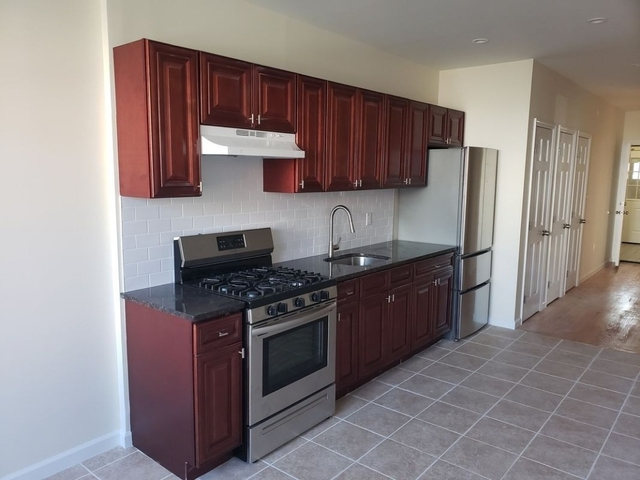 3 Bedrooms, Woodside Rental in NYC for $3,000 - Photo 1