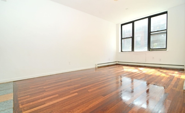 3 Bedrooms, Lower East Side Rental in NYC for $5,095 - Photo 2