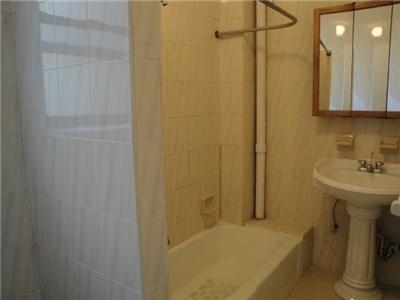 2 Bedrooms, Upper West Side Rental in NYC for $3,450 - Photo 1