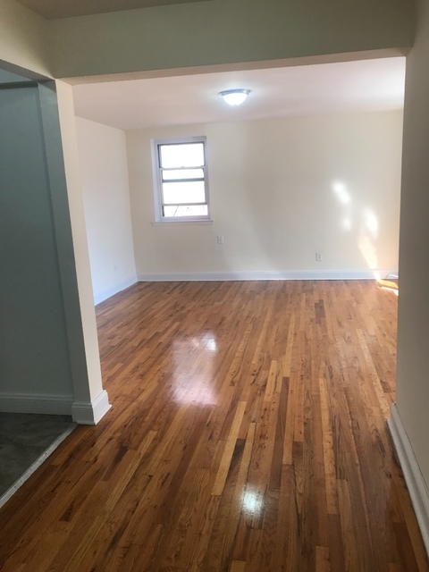 Studio, Downtown Flushing Rental in NYC for $1,595 - Photo 2