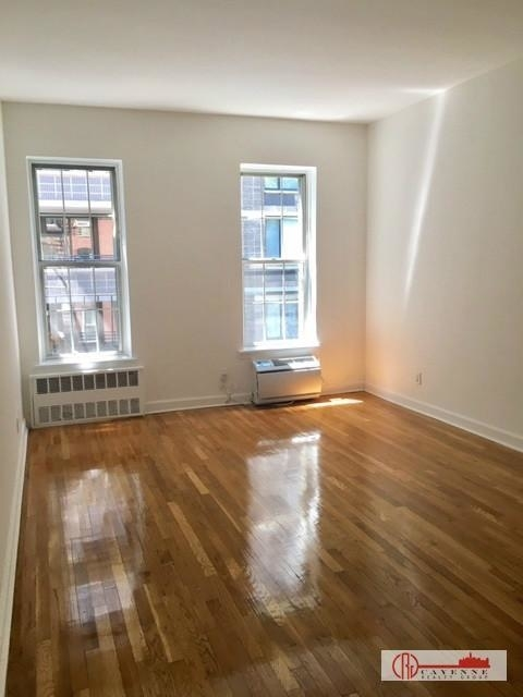 2 Bedrooms, Turtle Bay Rental in NYC for $2,875 - Photo 1