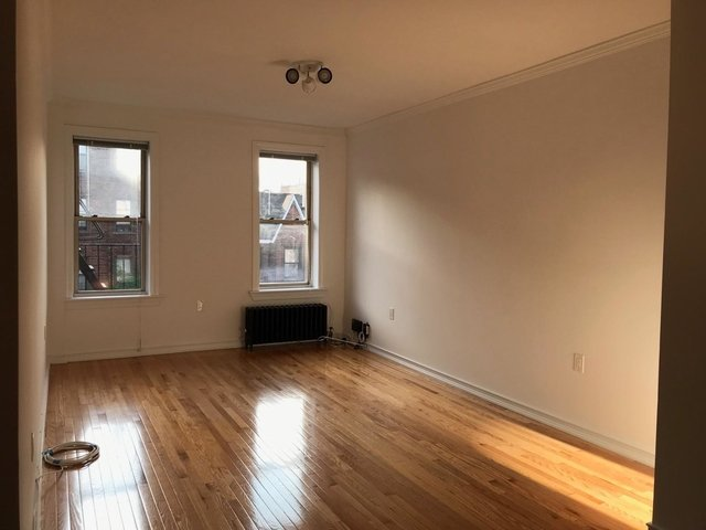 2 Bedrooms, Sunnyside Rental in NYC for $2,725 - Photo 2
