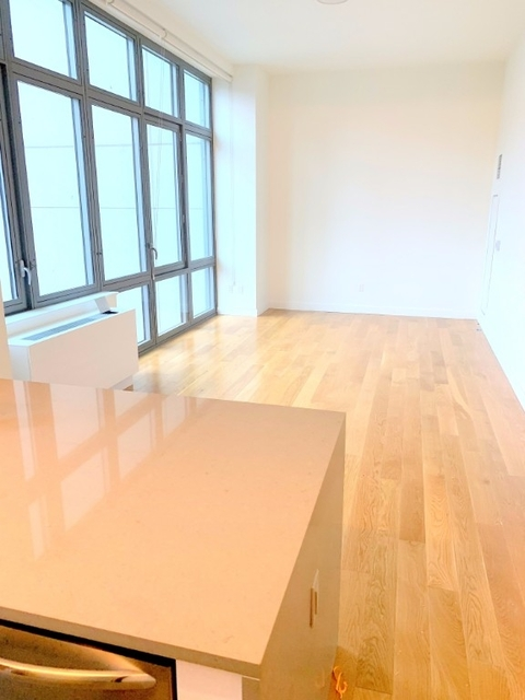 Studio, Hell's Kitchen Rental in NYC for $3,360 - Photo 1