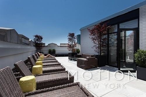 1 Bedroom, Financial District Rental in NYC for $3,390 - Photo 2