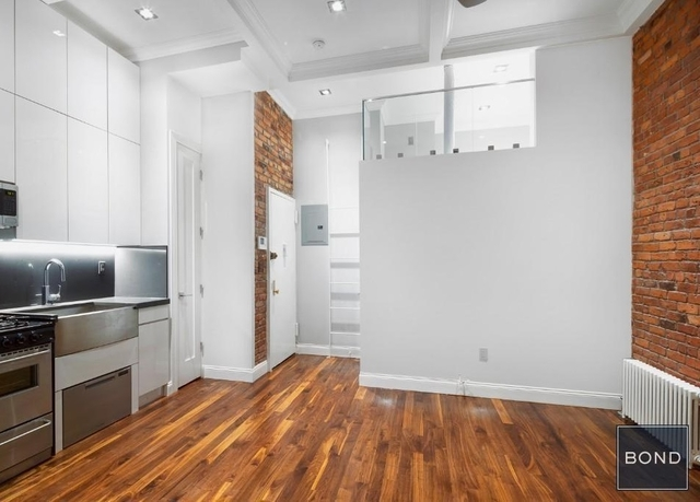 2 Bedrooms, West Village Rental in NYC for $4,745 - Photo 2